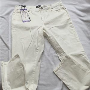 Buffalo David Bitton white ankle grazer Sz. 4 NWT
